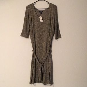 NWT Gold Shimmery Dress (18/20)